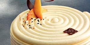 Imagen de Tarta helada de nectarina y sésamo de William Curley