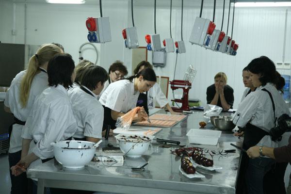 Un momento del curso de Michel Willaume en el atelier de Maria Selyanina