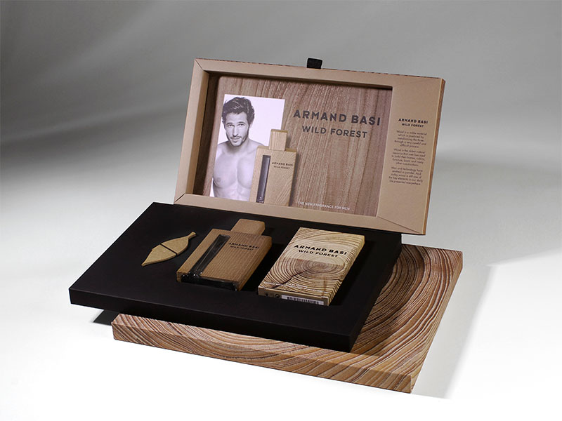Caja exclusiva para fragancia Armand Basi Wild Forest