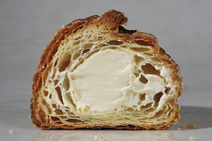 Croissant de Hofmann relleno con cheesecake