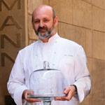 Eric Ortuño, creador de la parta de té del Premio Dulcypas