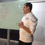 Irving Quiroz en master de chocolate de EPGB