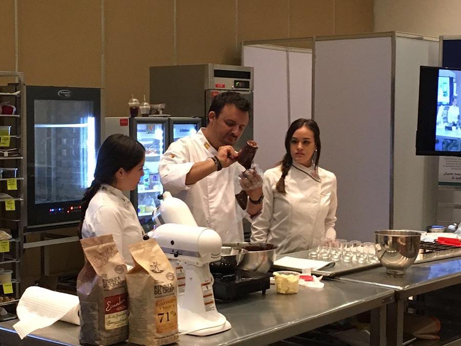 Olivier Fernández fue otro de los chefs pasteleros venidos de España