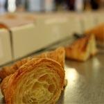 Los croissants a concurso analizados por el jurado