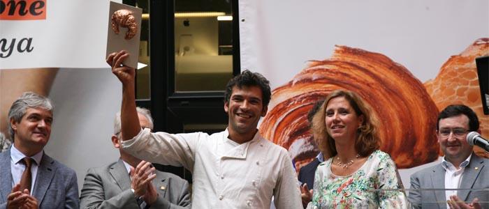 Toni Vera se alza como ganador del título de Mejor Croissant 2016