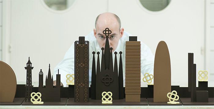 Enric Rovira y su skyline de chocolate de BCN