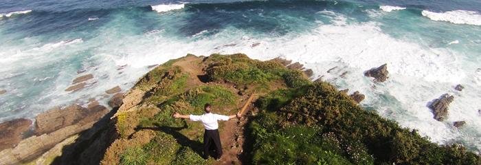 El Cabo Busto con Jhonatan González
