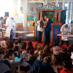 Actuación Granada Origen y títeres en Salón del Bebé