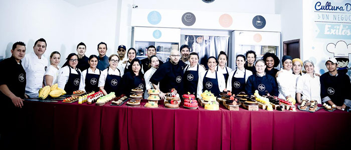 foto grupo clase Antonio Bachour Bakery Lab