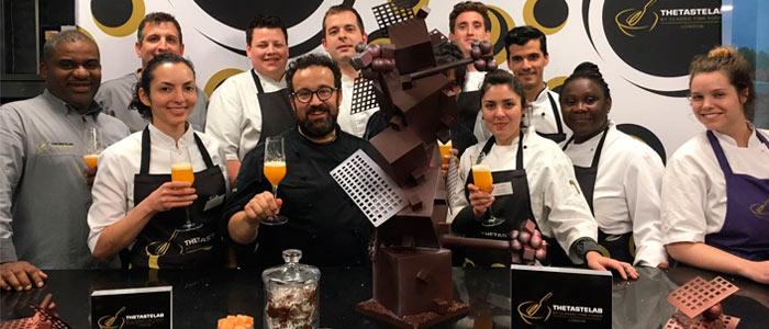foto grupo curso bombonería con Carles Mampel en Taste Lab