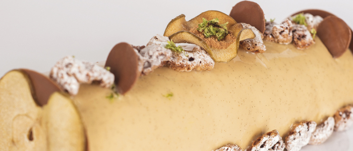Tronco Shanty con caramelo, manzana y turron, fotografía Estudi Marisa