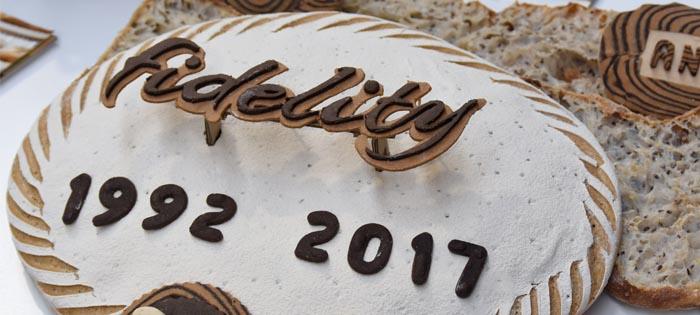 pan conmemorativo 25 años Bon Llevat