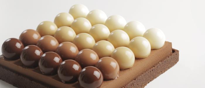 Tarta de cinco chocolates por Eric Ortuño