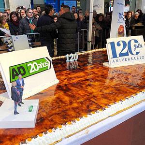 Imagen de la tarta de piononos de Casa Ysla