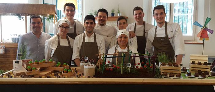 foto grupo meriendas dulces Sant Ignasi