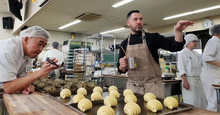 La panadería española y la japonesa estrechan lazos con Yohan Ferrant
