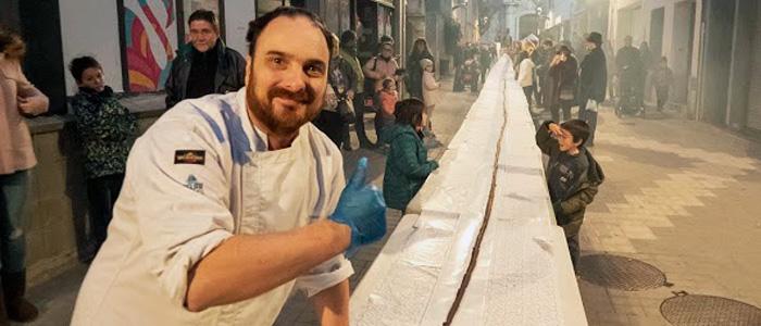 Marc Rodellas posando con la neula de 65 metros