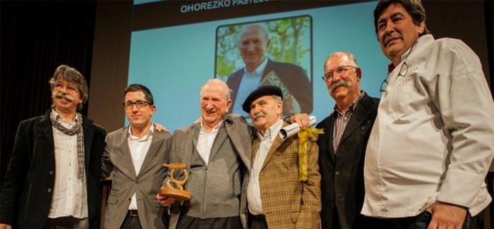 José Mari Gorrotxategi en la entrega del galardón al Maestro Pastelero de Honor del BCC