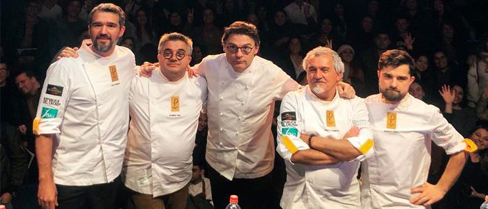 Foto final de los participantes en Pastry Chile