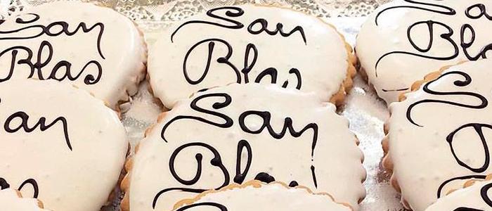 Tortas de San Blas expuestas