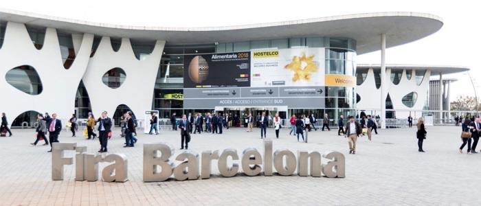 Ambiente en el exterior de la feria Alimentaria en el recinto de la Fira de Barcelona