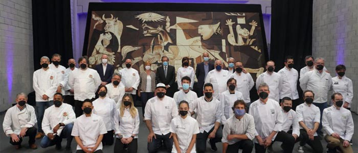 Foto de grupo de los chefs participantes