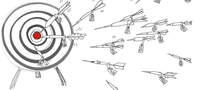 Ilustración de dardos acertando el centro de una diana
