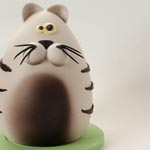 El gato de chocolate sin desplegar su interior