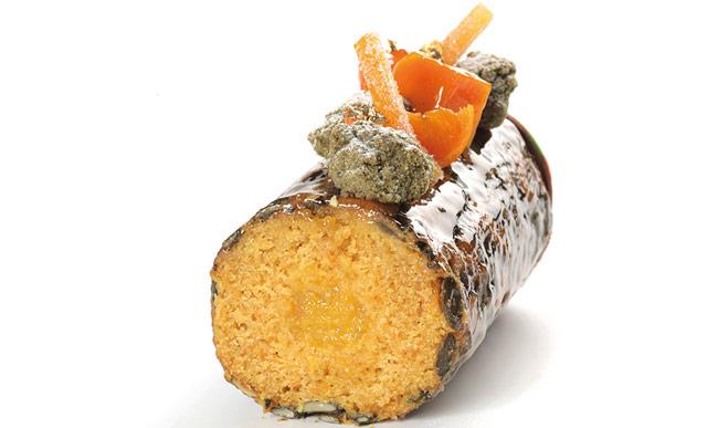 cake zanahoria Hans Ovando cortado