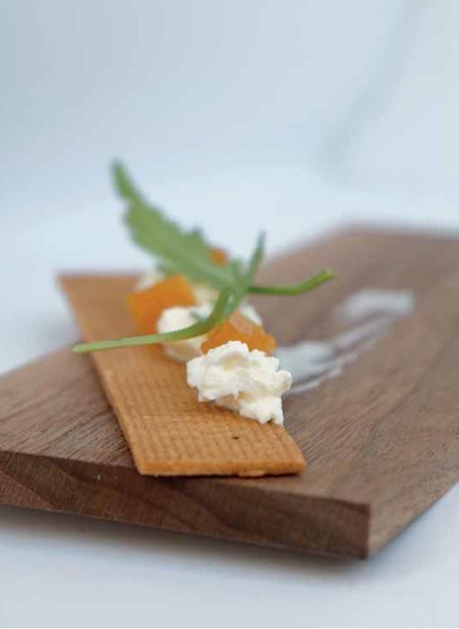 Tapa dulce: Lokum mandarina, aceite oliva Empeltre y cheesecake cremoso