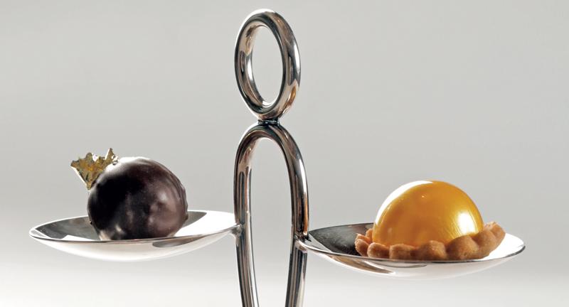 Presentación del Sablé y esfera de naranja y bergamota