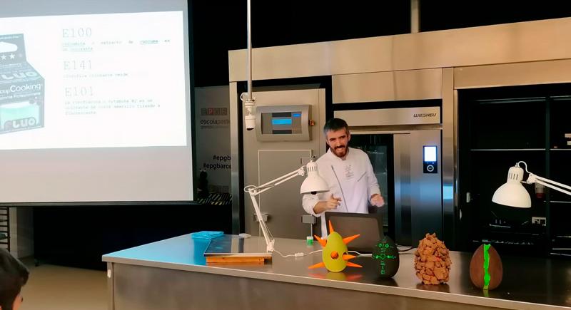Alberto Barrero durante la presentación en la EPGB