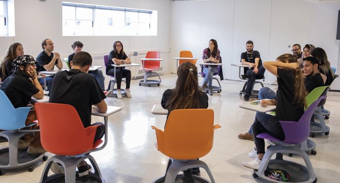 Aula de formación teórica en el CIB