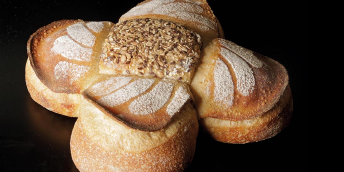 Pan decorativo de José Roldán