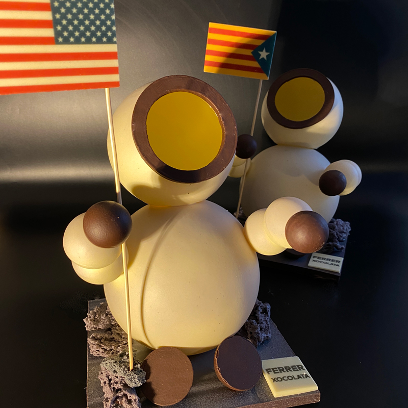 Mona de pascua Astronauta de Jordi Ferrer