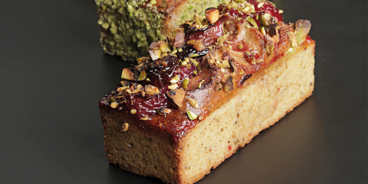 Cake de pistachos y cerezas de Lucila Canero
