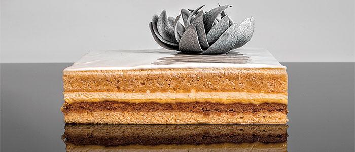 cake vainilla, praliné y maracuyá de Víctor de Castro