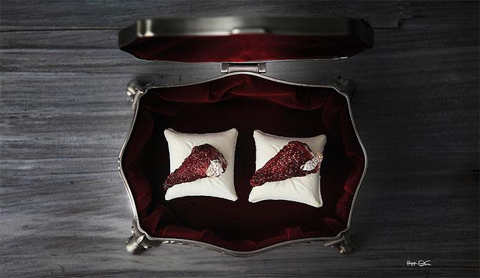 bombón de fresa escarchada de Sergio Ortiz