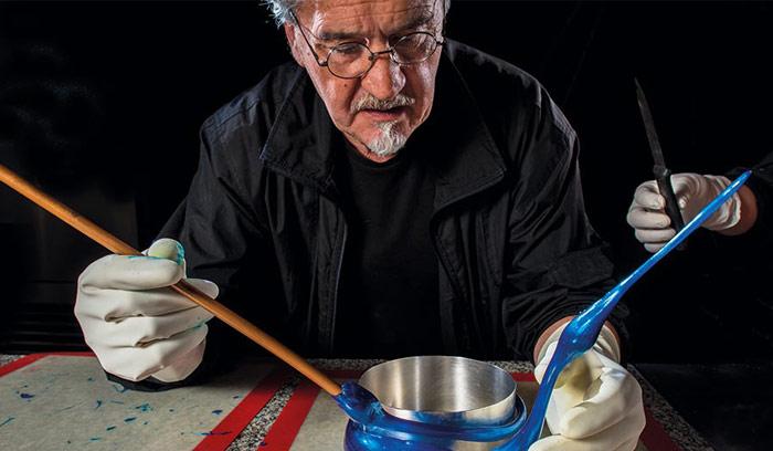Paco Torreblanca trabajando con azúcar