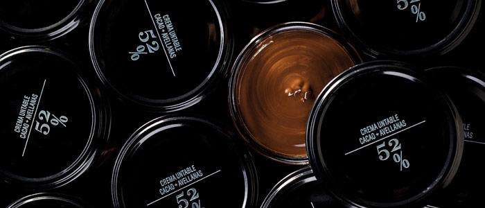 Diferentes cremas untables de chocolate