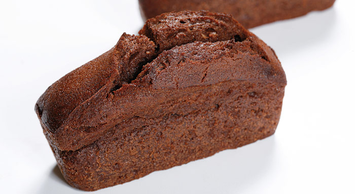financier chocolate con relleno de frambuesa