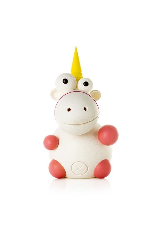 El Unicornio Arturo, vista frontal