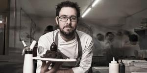 Imagen de Jesús Escalera prepara clases magistrales de chocolate y técnicas en postres en Sevilla