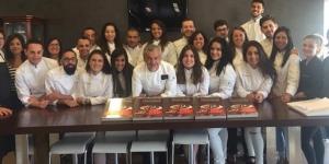 Imagen de Torreblanca gradúa a 20 nuevos profesionales