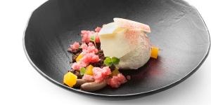 Imagen de Hora del vermut con crumble de chocolate, helado y gelatina de naranja de Pieter de Volder