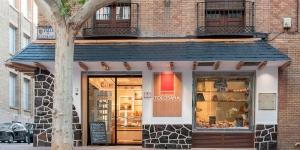 Imagen de La pastelería Canfranc reabre sus puertas como Tolosana